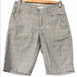 Columbia Gray Plaid Bermuda Shorts, size 6